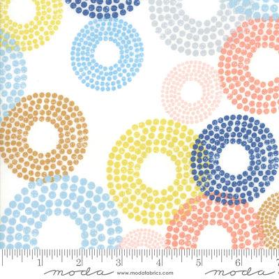 Moda Breeze Dottie Circles White 1690 11 Yardage