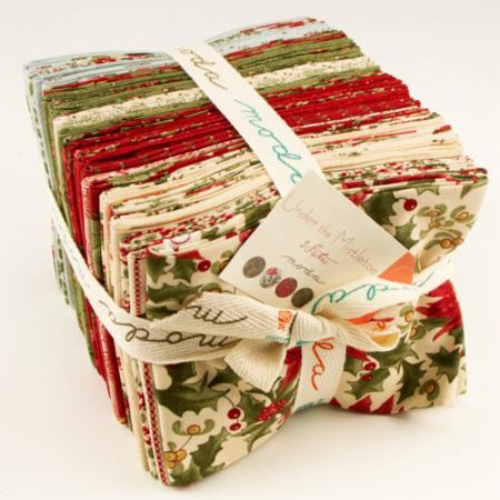 Moda Fat Quarter Bundle - Under The Mistletoe by 3 Sisters